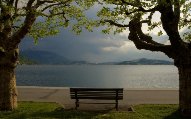Cloudy-Park-Bench